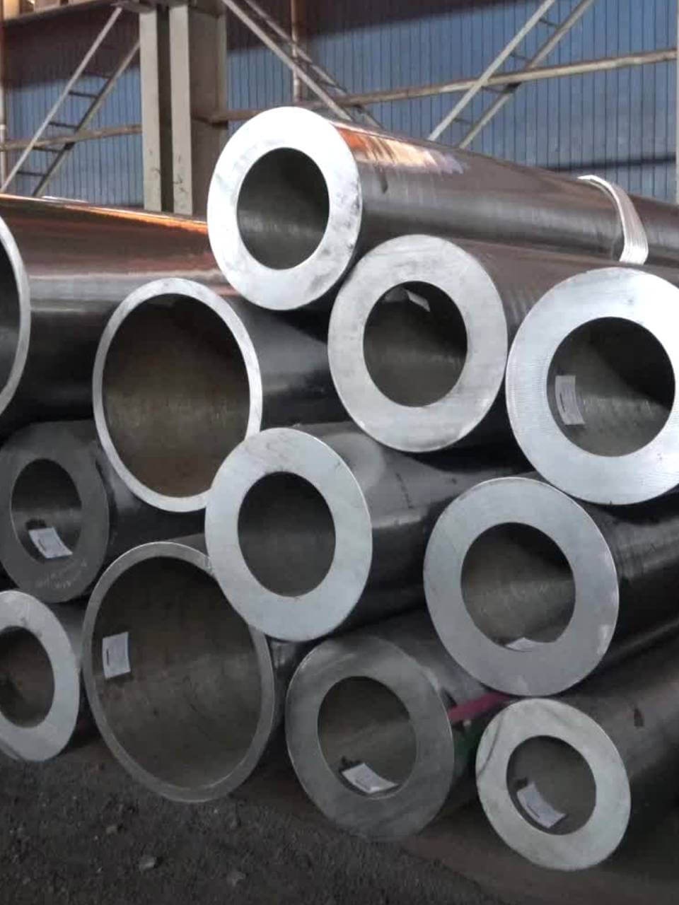 Alloy Steel A335 P11 Pipes & A213 T11 Tubes